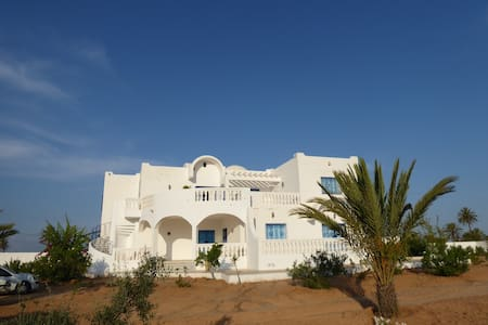Villa Toumana Djerba (piscine sans vis-à-vis)