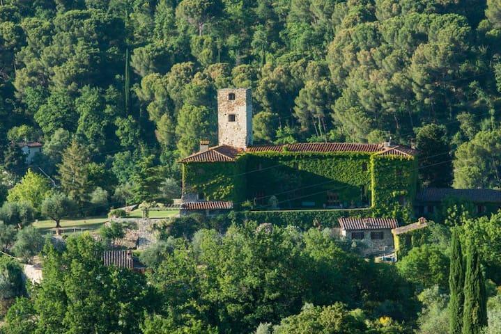 Castle Belforte Suite