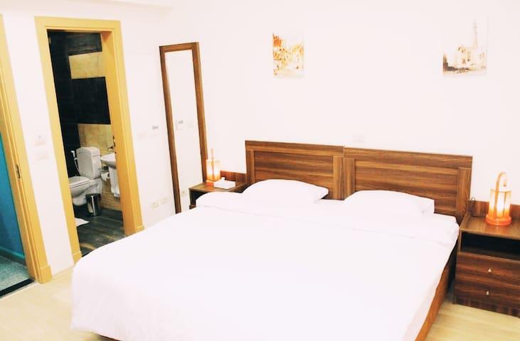 Vibes Hostel & SPA