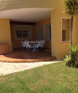 Apartment in villa with privatepool - Altea la vella