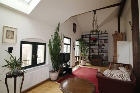 Ein zu Hause auf Zeit! 190 qm Komfort und Ambiente