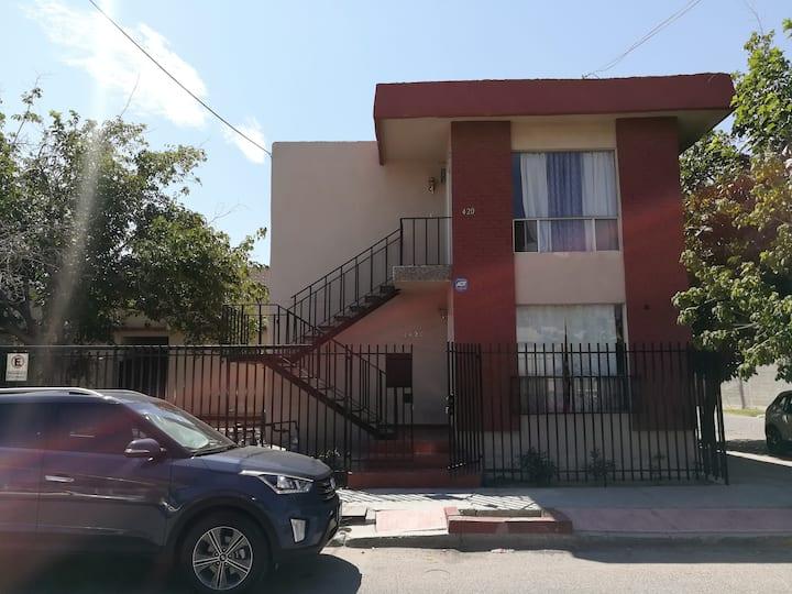 Cuarto y baño privado, Colonia Los Nogales!
