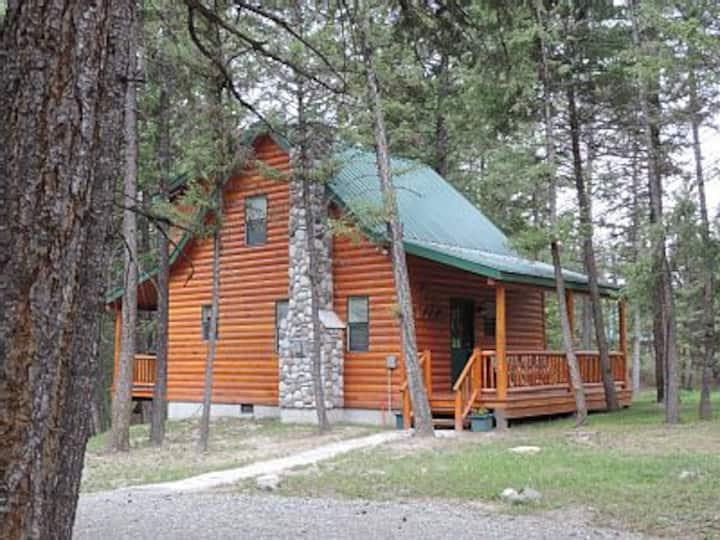 Bullet Hole Cabin~The best kept secret in Montana.