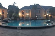 Gorgeous pool - even for an evening swim