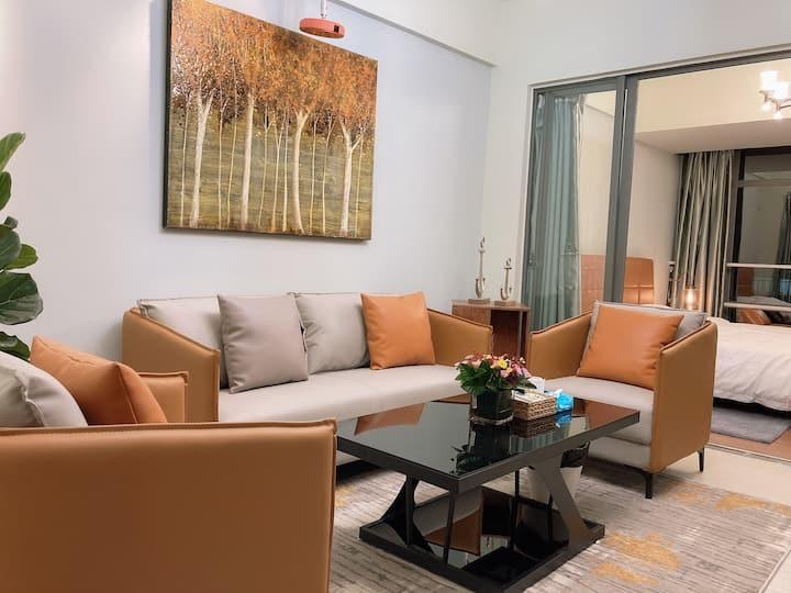 【小时光·一见倾橙】东莞市区CBD投影大床房温馨浪漫新房优惠