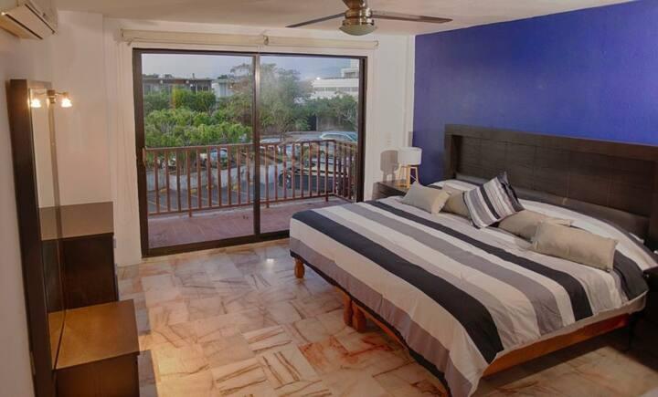 Loft 131 Plaza marina