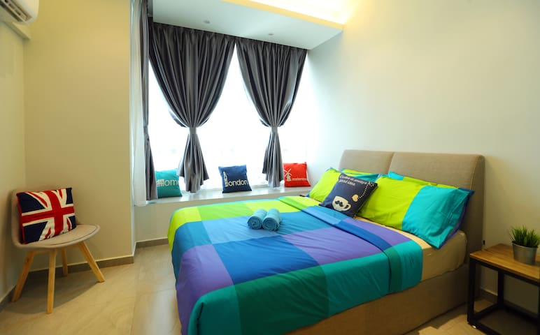 CozyHome #2, 2 Bedrooms, 350m to KLCC Twin Tower