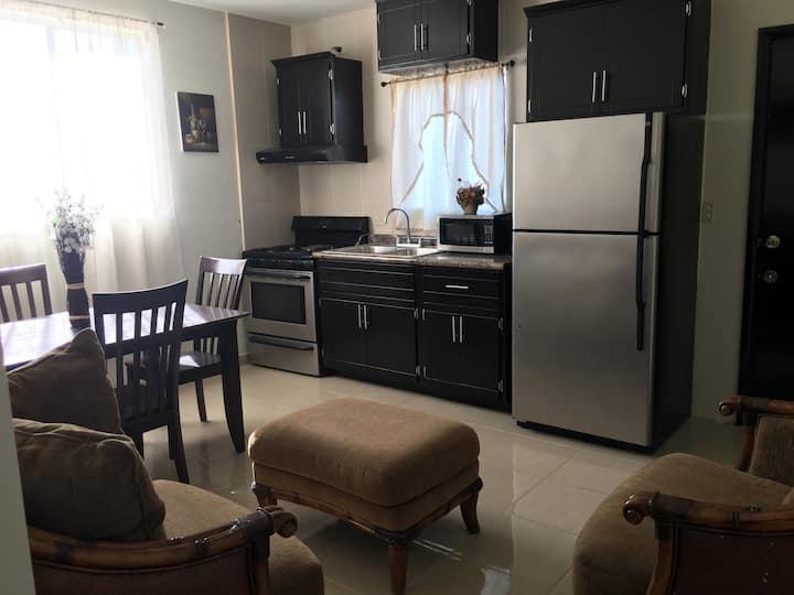 2.- Comfortable departamento en Rosarito B.C.