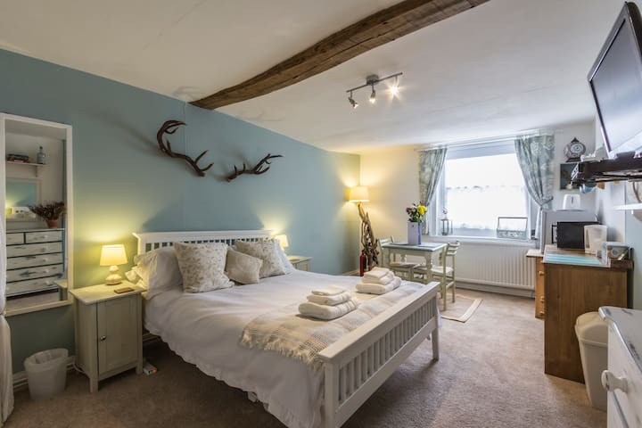 A Room at The Inn! - Canterbury - Casa
