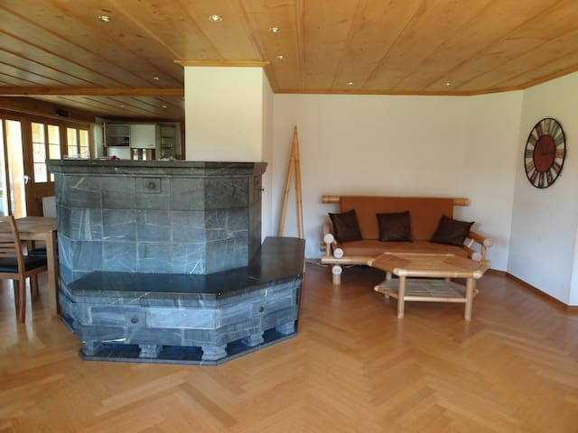 Spacious mountain chalet surrounded by mountains - Hasliberg - Oda + Kahvaltı