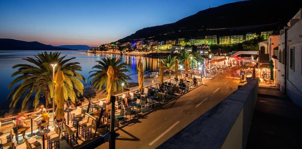 "Cozy  ""Adriatic sea"" app.close to Dubrovnik,Ston"