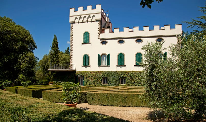 Villa and Italian garden