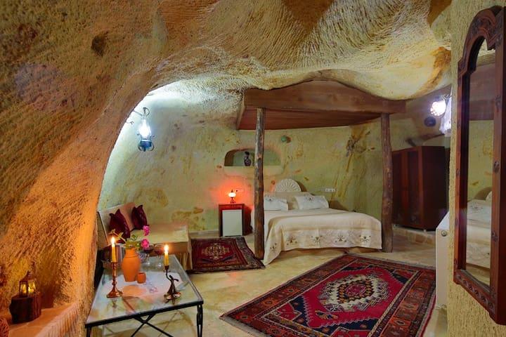 Jerveni Cave Hotel - Cappadocia - Mustafapaşa Belediyesi