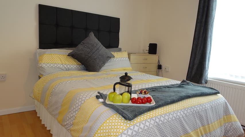 St Margaret's House - Spacious 1 bedroom apartment