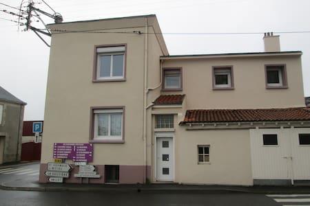 deux chambres dans maison individuelle. - Sèvremoine - House