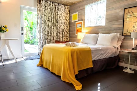 bungalow 443 / Travel & Leisure top 10 airbnb 2019