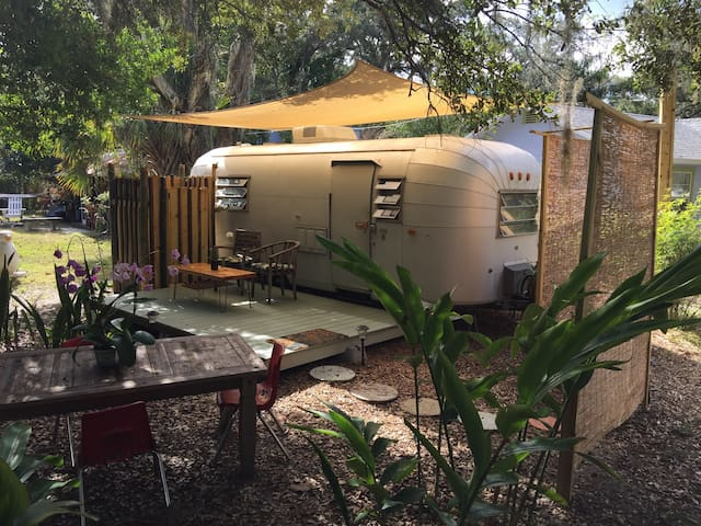 Classic Airstream style near downtown and beaches! - ซาราโซตา