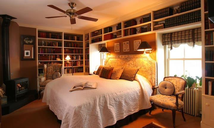 Elegant Library Room