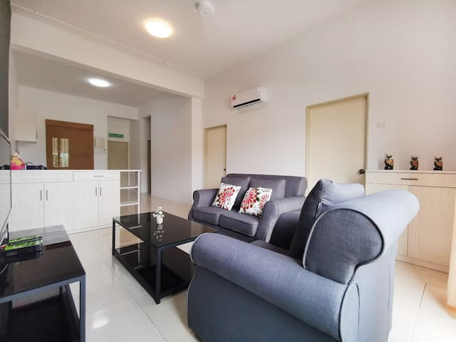 ♥Comfy 3 Bedroom Apartment @Langkawi Kuah town/瓜镇♥