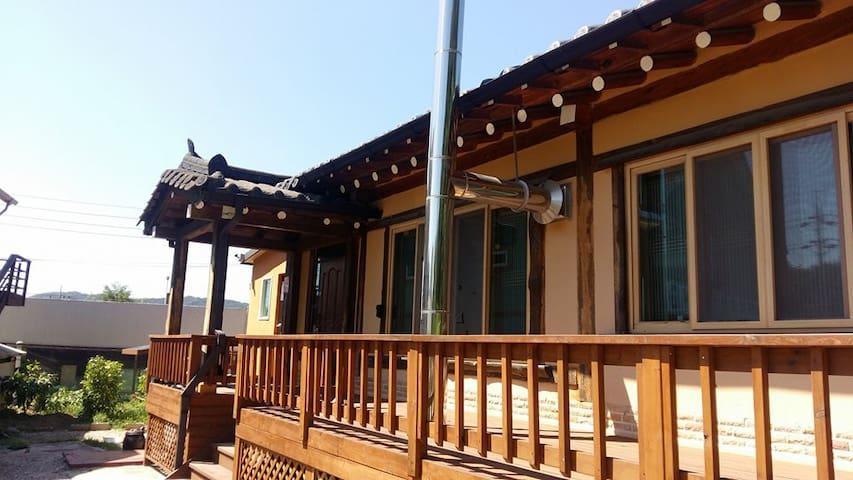 한옥 우리집(korean traditional Woori house  )
