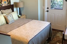 3rd Sleeping area w/ Queen size bed *(not fully enclosed room)