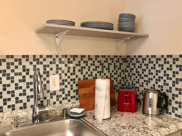 Brand new, gorgeous, clean kitchen with everything you need to make a meal