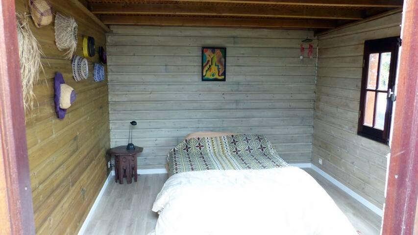 chambre indépendante dans notre case - Etang-Salé les Hauts - Dom