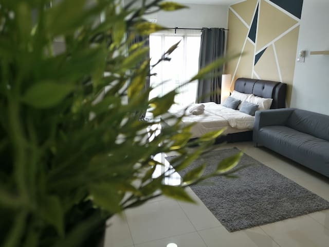 Chillax Studio Suite 2 @Equine Park Seri Kembangan