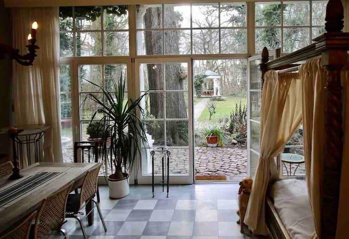 Köthen Zentrum Apartment mit Park am Europa-Radweg