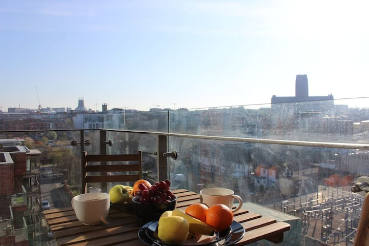 Baltic triangle apt. (with parking & breakfast)
