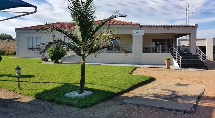 e-Mgazini Lodge