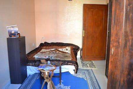 Chambre privée dans une villa au centre ville - Marrakech