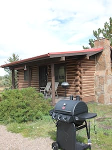 Cabin #1 on banks of the Little Colorado  River - Greer - Blockhütte