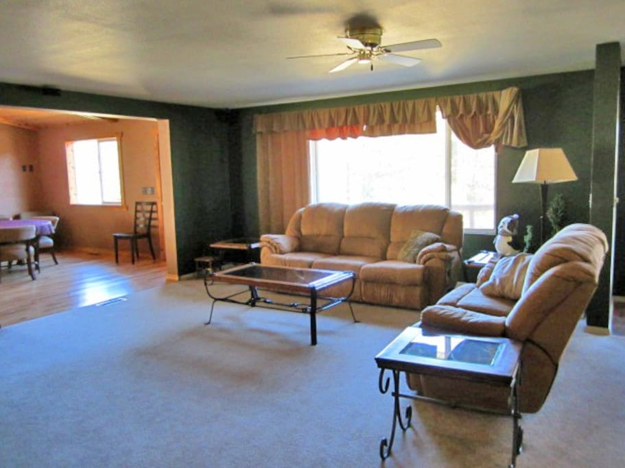 mount wolf chat rooms Get living room painting in mount wolf, pennsylvania at an affordable price by cj painting services.
