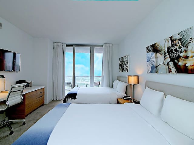 MIAMI/Hallandale BeachWalk 4 SLEEPS PROMO 25% off!