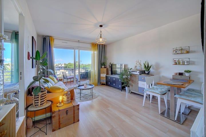 Proche Cannes-Appart climatisé  à 2 pas des plages