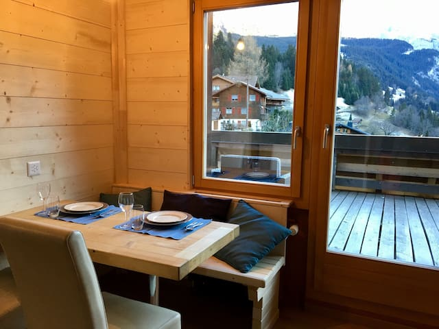Apartment with balcony in WENGEN - Lauterbrunnen - อพาร์ทเมนท์
