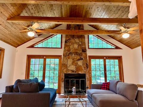 4 Bedroom North Fork Idyllic Retreat - Renovated!