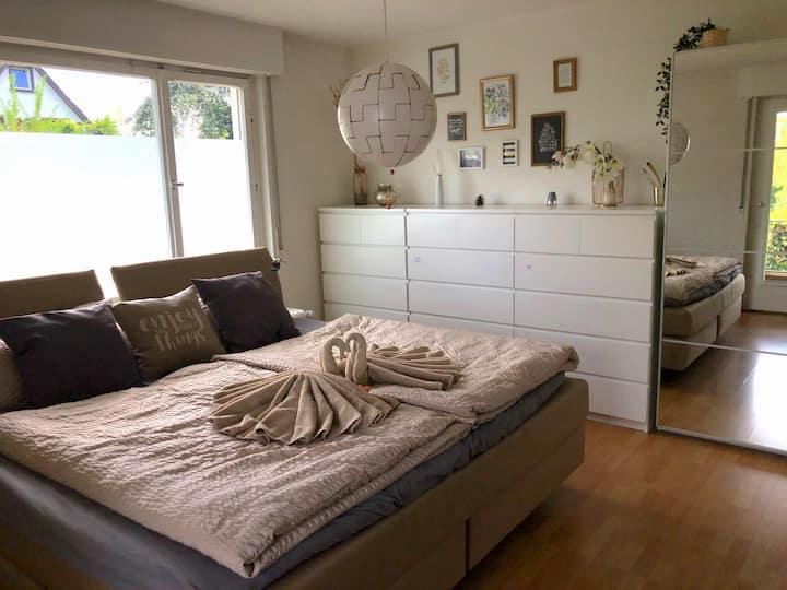 Premium Ferienwohnung TRAUMGARTEN, (Gaienhofen), Premium Ferienwohnung TRAUMGARTEN, 109qm, 3 Schlafzimmer
