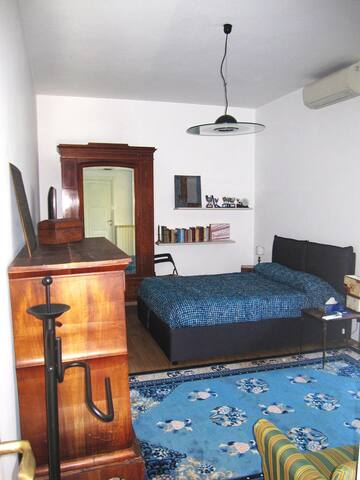 Large, cozy double ensuite bedroom - Roma - Daire