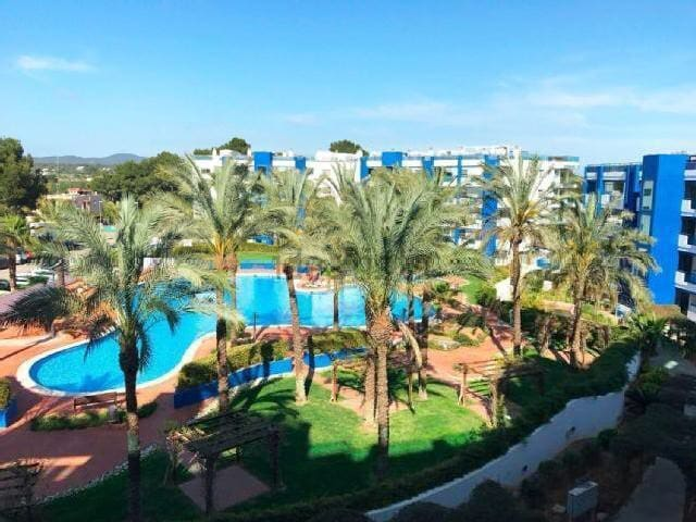 Ibiza luxury 2 bed apartment, With pool