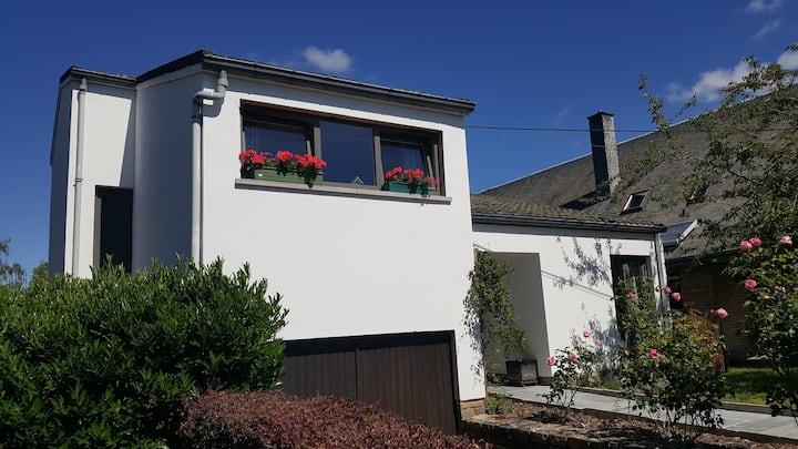 Maison à Rochefort  Belgique quartier de Montrival