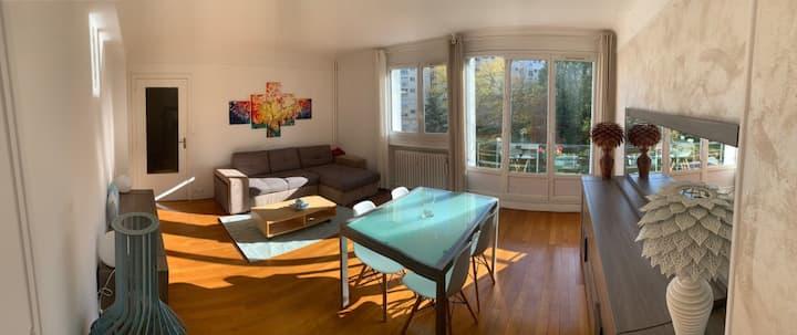 Appartement dans un parc privatif à 15min de Paris