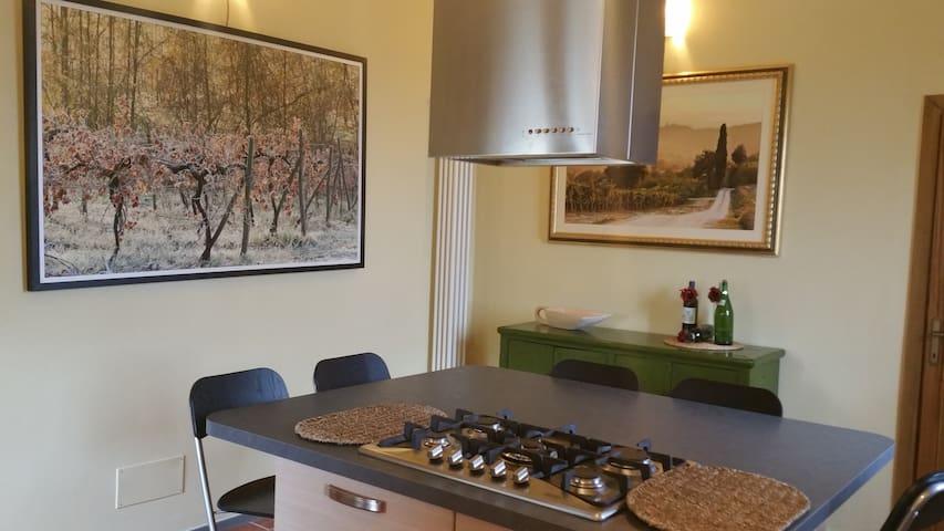 Adorabile casa tra Siena e Firenze - ปอจจิบอนซิ - บ้าน