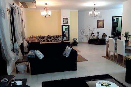 belle appartement moderne avec très belle vue - Warraq Al Arab - อพาร์ทเมนท์