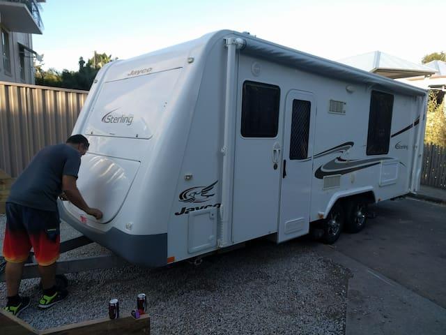 Ensuite Caravan cheap quality accom - West End - Camping-car/caravane