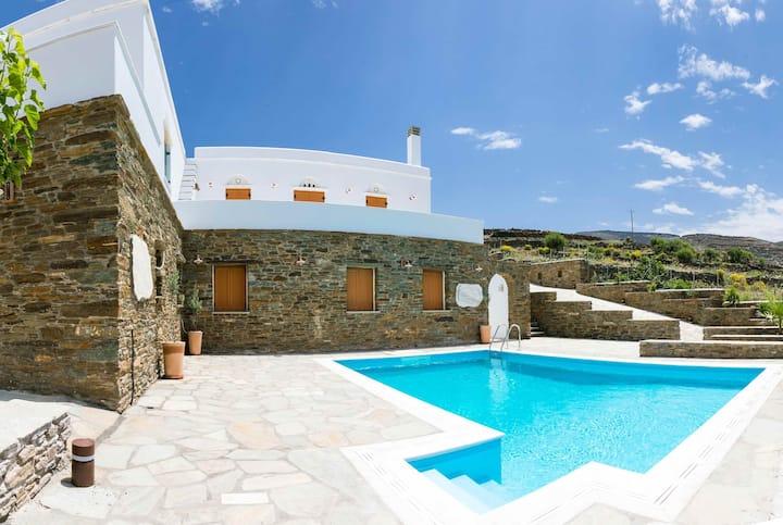 Villa in Pyrgos/Panormos - Tinos