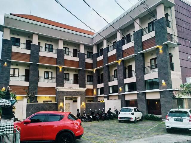 Alke Apartment kamar tipe mezanine Kota Denpasar