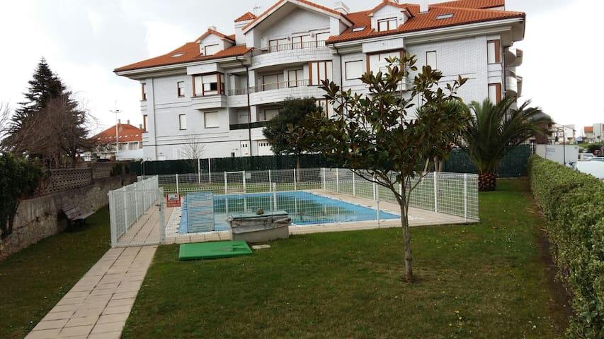 Apartamento ideal para familias, parejas - Bareyo - Kondominium