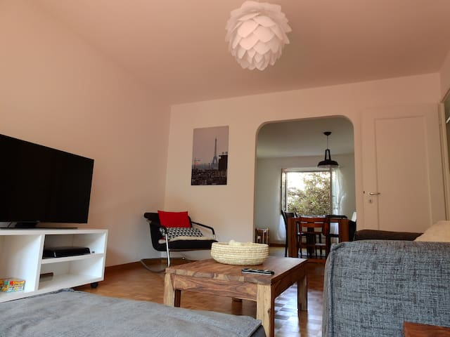 Cozy newly furnished 2 bedroom in Seefeld - Zürich - Appartement